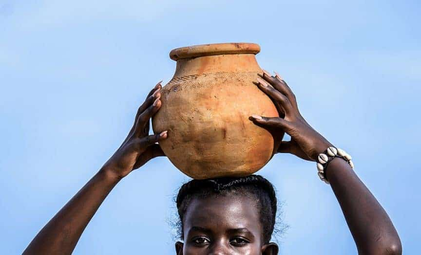 water jug / dazzle jam / pxhere